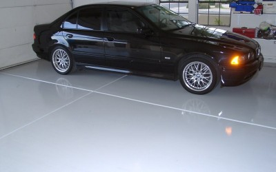 BMW-sedan-Solid-Color-Epoxy-Floor